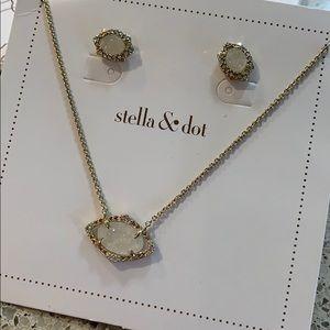 Stella & Dot Charlotte Pendant Set
